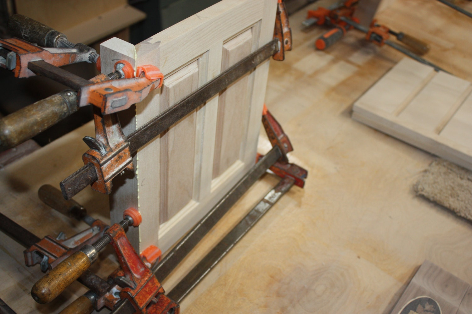 Gluing and Clamping Returns onto Jewelry Box Sides