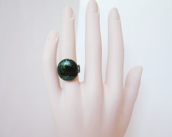 Adjustable green button ring, sparkly emerald green fused glass jewelry, dainty pinky ring