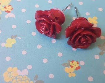 Dark red flower earrings vintage style.