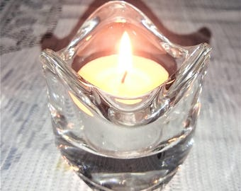 Vintage Glass Tealight Holder - 1 x Tealight Candle included #580c