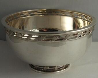 Superb Vintage Sterling Silver Bowl - 336g - Bir. 1998