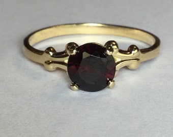 Vintage 14k Yellow Gold, KBN, Genuine Garnet Ring