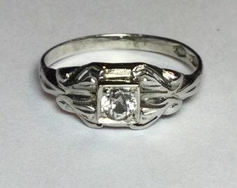 Vintage Art Deco 18k White Gold White Sapphire Ring