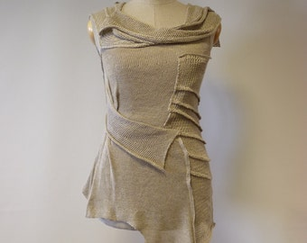 Feminine natural linen top, M size. Perfect for Summer, only one sample.