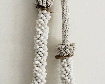 Crochet tribal necklace / wall hanging / ranran desing