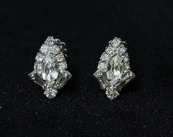 Vintage crystal clip on earrings sparkly clip ons small rhinestone earrings bridal jewelry