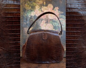 Great Vintage Brown Alligator Leather Purse