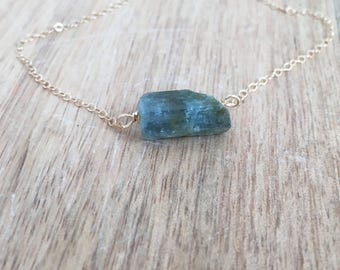 Raw Aquamarine Crystal Pendant Necklace - Aquamarine Jewelry - Aquamarine - Gift For Her - Raw Aquamarine Necklace - Aquamarine