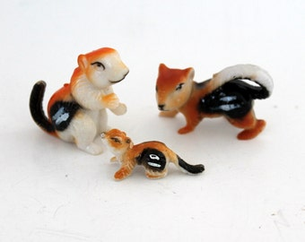 Miniature Plastic Squirrels,  Vintage Woodland Family Animal Toys