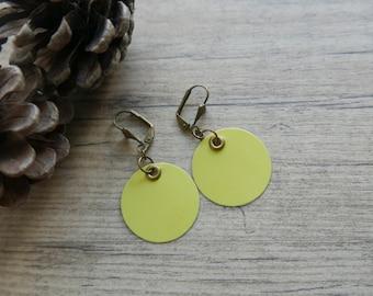 """Black & yellow"" paper earring"