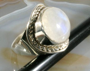 Moonstone and 925 Sterling Silver Ring  --   6238