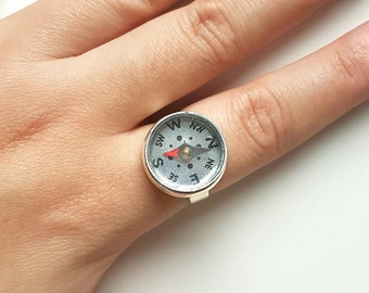Compass Ring // Compass Jewelry // Travel Gift // Travel Jewelry