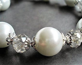 White Pearl Bracelet Bridal Jewelry Wedding Bracelet Statement Jewelry Bridal Bracelet Pearl Jewelry Chunky Bracelet For Her Silver Bracelet