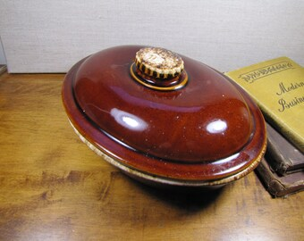 Hull Pottery Covered Casserole Dish - Brown - Tan Drip Glaze