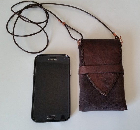 CROSSBODY PHONE BAG Handstitched Brown Leather. Deluxe with Card Pocket, Inside Lining. Leather iPhone Wristlet. Galaxy Leather Pouch.