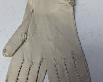 Vintage Ivory Women's Evening Dress Gloves Caress by Superb Size 7 Buttons at Wrist Washable Soft Pliable