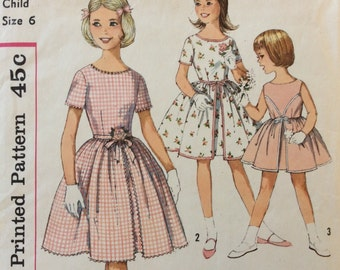 Simplicity 4366 girls dress size 6  Simple to Make vintage 1960's sewing pattern