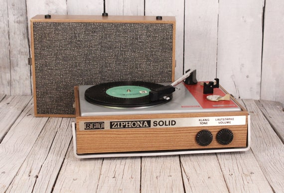 vintage portable record player ziphona solid ddr record. Black Bedroom Furniture Sets. Home Design Ideas