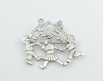 """Vintage """"Family"""" Sterling Silver Brooch/Pin  #FAMILY-BR2"""