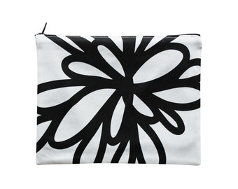 Black and white cotton zip pouch with floral pattern - Silver back panel