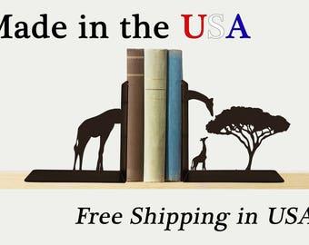 Giraffe Bookends, Safari Decor, Metal Art, Book Ends, Book Shelf, Kids Room Decor, Library, Home Decor, Free USA Shipping, BE1006