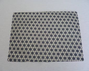 Geometric Placemats, Gray Placemats, Geometric Print, Reversible Placemats, Burgandy Placemats, Fabric Placemats, Housewarming Gift