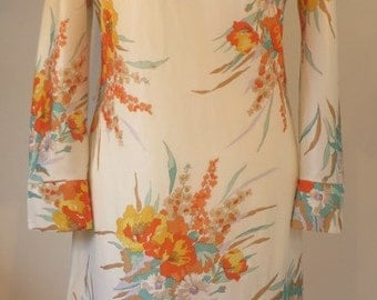 Vintage 1960s stylish dress - floral design, fab collars & buttons on the cuffs. UK size 10, US 8, EU 38.