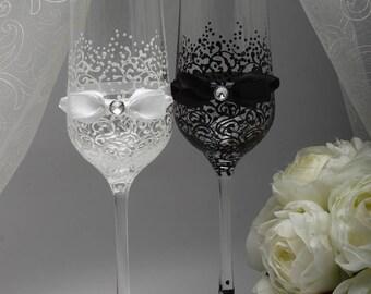 Toasting Glasses Black Champagne Flutes Bride And Groom Wedding Engraved White