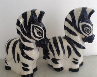 Vintage ZEBRA Salt & Pepper Shakers~Made in Japan~Cork Stoppers~Absolutely Darling~Great Vintage Condition~Zebras~African Animals~