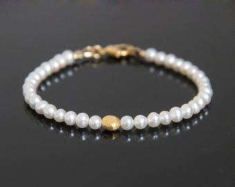 Gold Pearl Bracelet- Fresh Water Pearl Bracelet, Real Pearl Bracelet, Pearl Bracelet Gold, June Birthstone Bracelet, June Birthstone