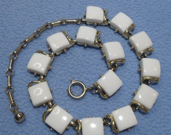 Vintage White Thermoset Choker Necklace