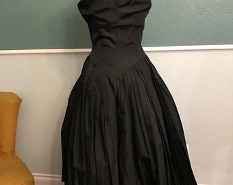 1950's Jane Andre Black Taffeta One Shoulder Party Dress S