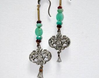 Long old Art Deco earrings Jade green stones