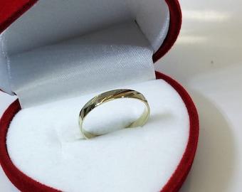 Ring gold 333 design noble 19.2 mm GR259