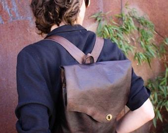 Elegant Leather Rucksack // full-grain veg-tan leather & antiqued brass hardware // classy leather daypack