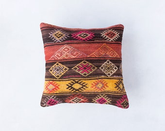 Vintage Turkish Kilim Pillow Cover, Pastel Kilim Pillow, Bohemian Decorative Pillow, Boho Pillow, Turkish Kilim, Pink Pillow, Vintage Pillow