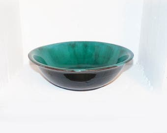 """Large Blue Mountain Pottery Bowl 11"""" Diameter BMP Canada - 1205"""