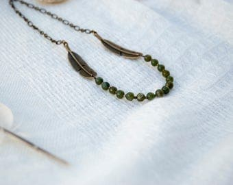 Green peridot necklace, Olive crystal necklace, Feather necklace, Natural stones necklace, Green boho necklace, Olive peridot necklace