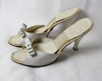 Vintage 1950s springolators bow mules pumps heels 6 287