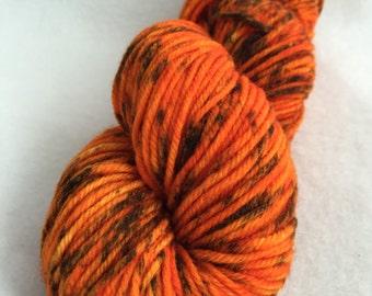 Speckled worsted weight yarn // Rawr