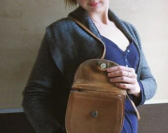 Vintage leather bag, vintage brown leather shoulder bag,Simple  vintage leather  handbag, Little brown leather bag, half-moon leather bag
