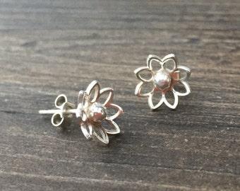 Daisy-Bo Flower Studs, daisy stud earrings, earrings, flower earrings