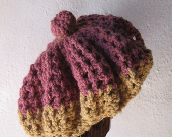 Hat of wool in crochet