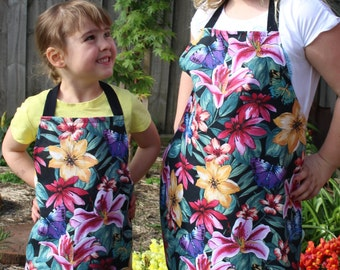 Childrens butterflies floral Apron, Girls apron (3-5 years)