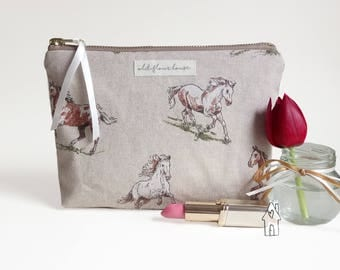 Horse Makeup Bag, Pony Cosmetic Bag, Gift for Horse Lovers, Make Up Bag, Make-up Bag, Toiletry, Zipper Pouch, Cotton Fabric, Old Flour House