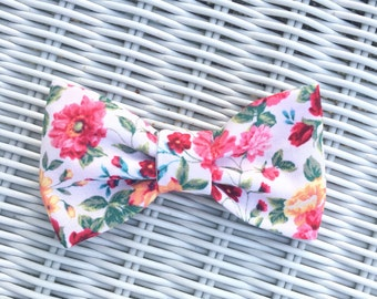 Floral summer bow
