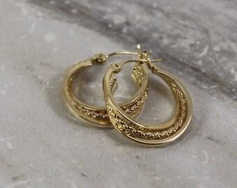 14k yellow gold hoop earrings, twisted rope hoop earrings, JJ gold earrings, vintage earrings, Fine estate jewelry, retro hoop earrings