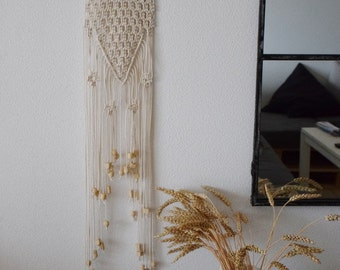 Wall hanging in macrame mops with wooden beads / Hanging wall art macrame