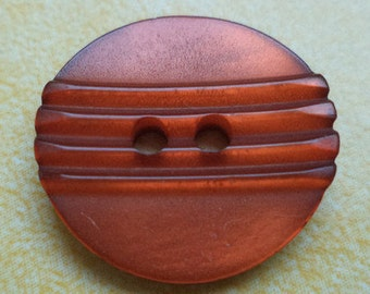 12 red brown buttons 14mm 18mm (6632)