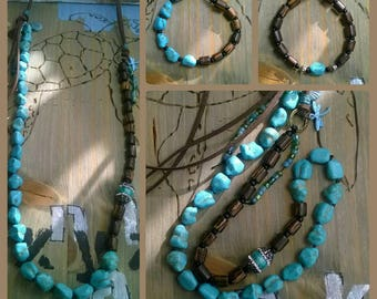 Long chain. Turquoise beads. Leather band